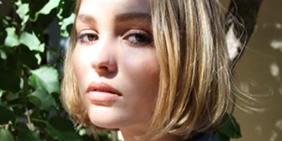 Lily Rose Depp da cara a la fragancia Nº5, L